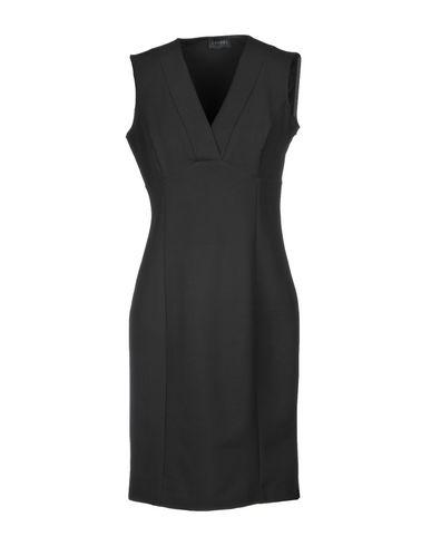 Короткое платье от (A.S.A.P.)