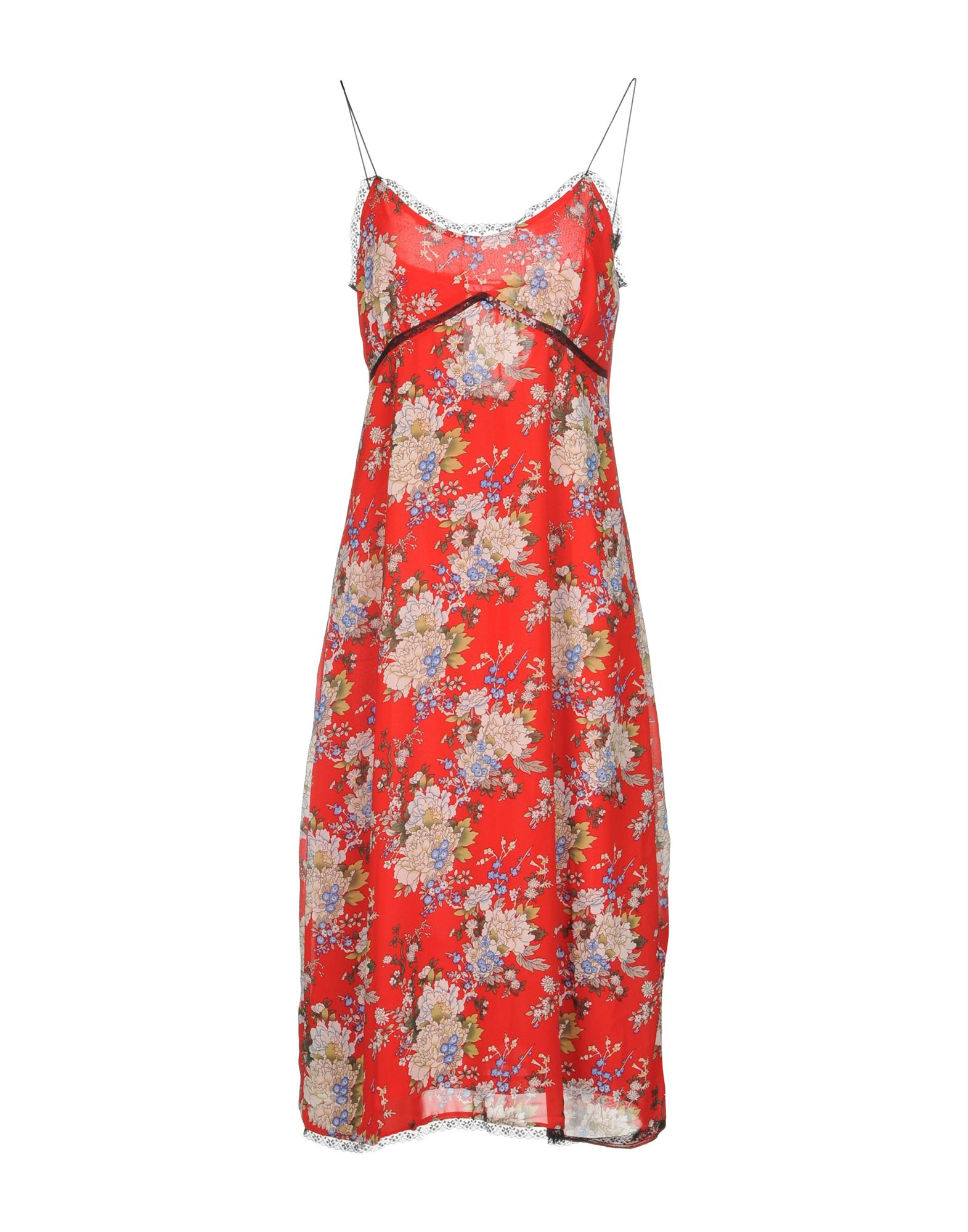 WYLDR Knee-Length Dress in Red