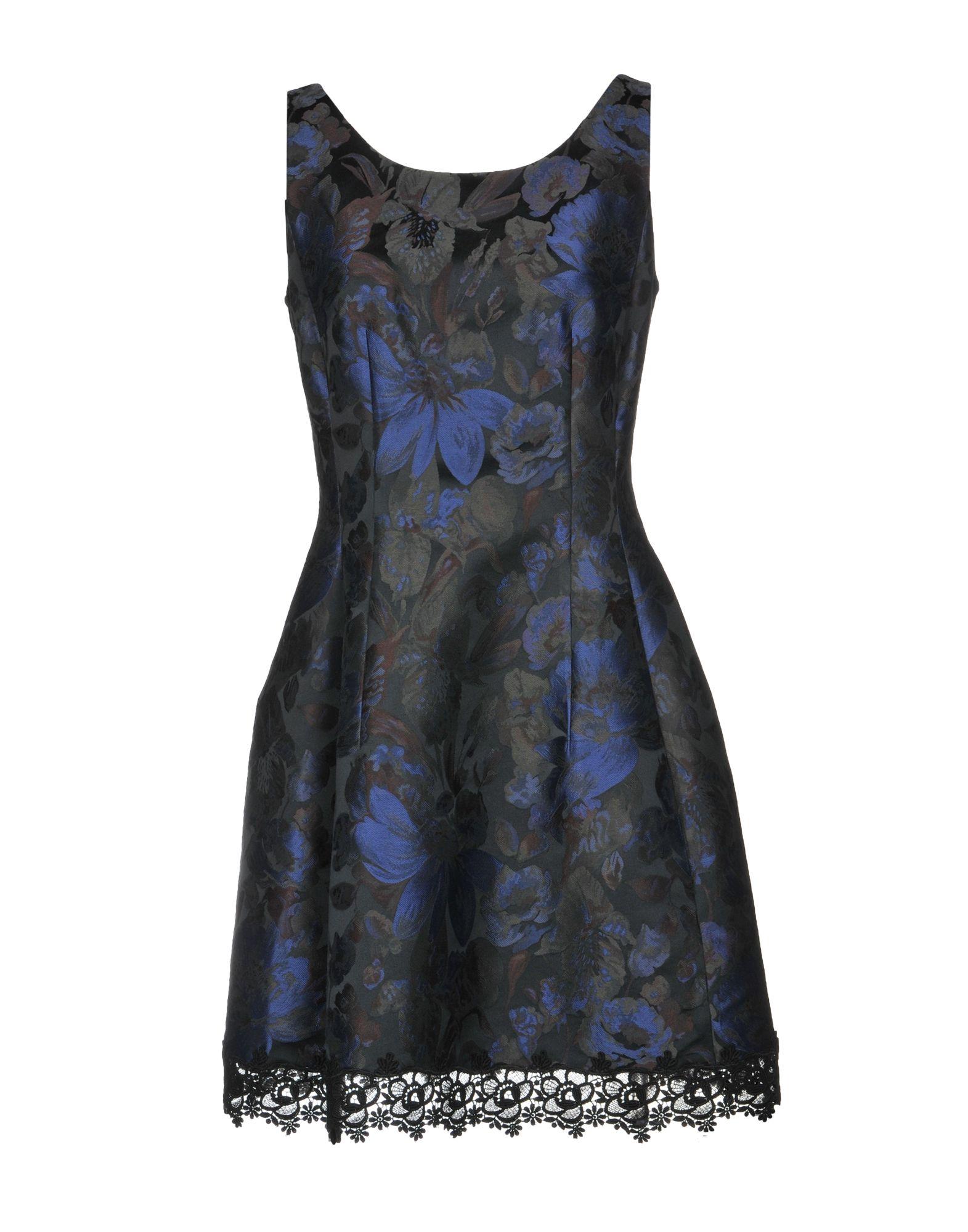 22 MAGGIO by MARIA GRAZIA SEVERI Короткое платье платье без рукавов с кружевной вставкой на спинке
