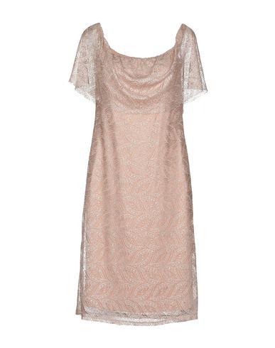 Короткое платье от A.M.B.E.R