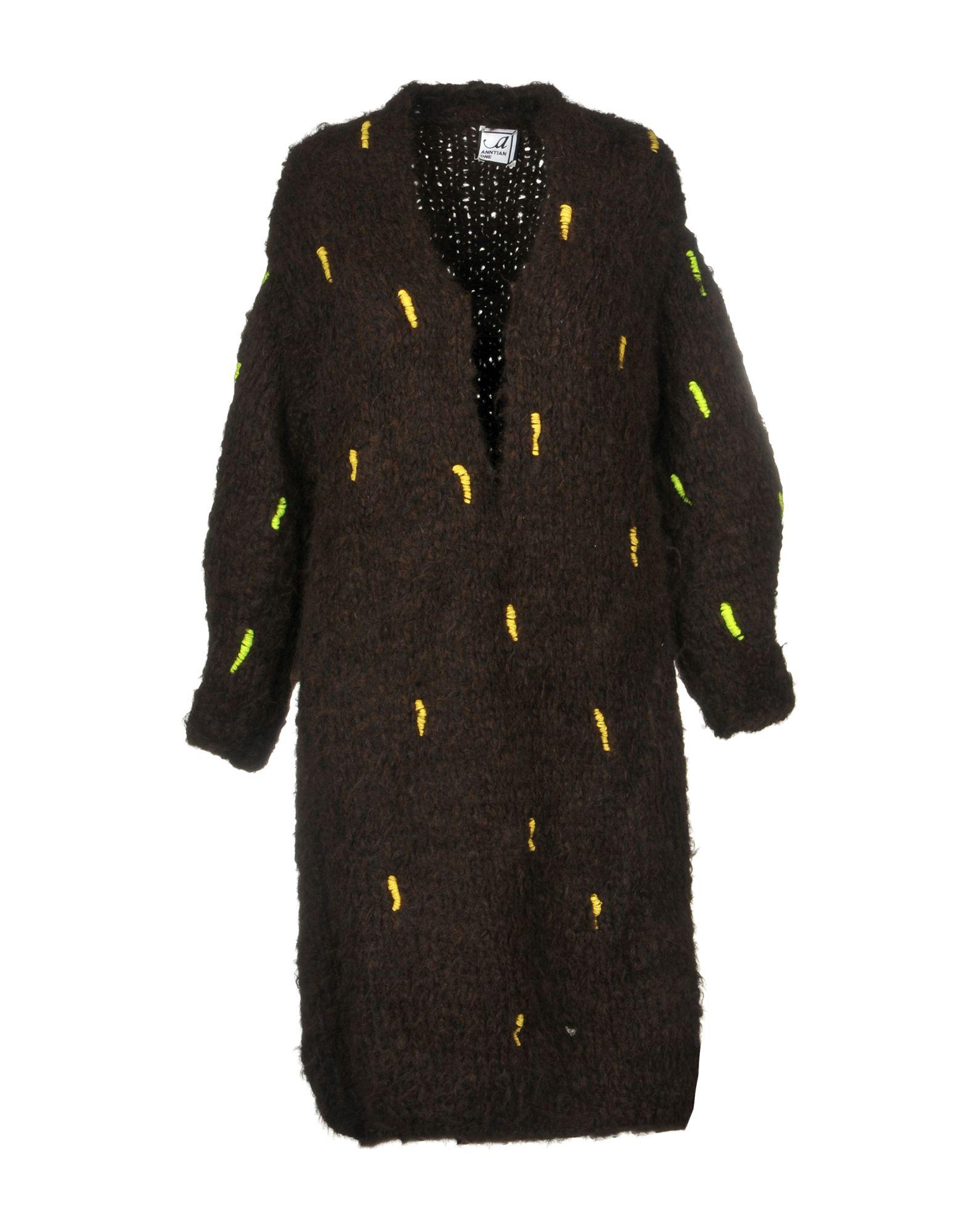 ANNTIAN Knee-Length Dress in Dark Brown
