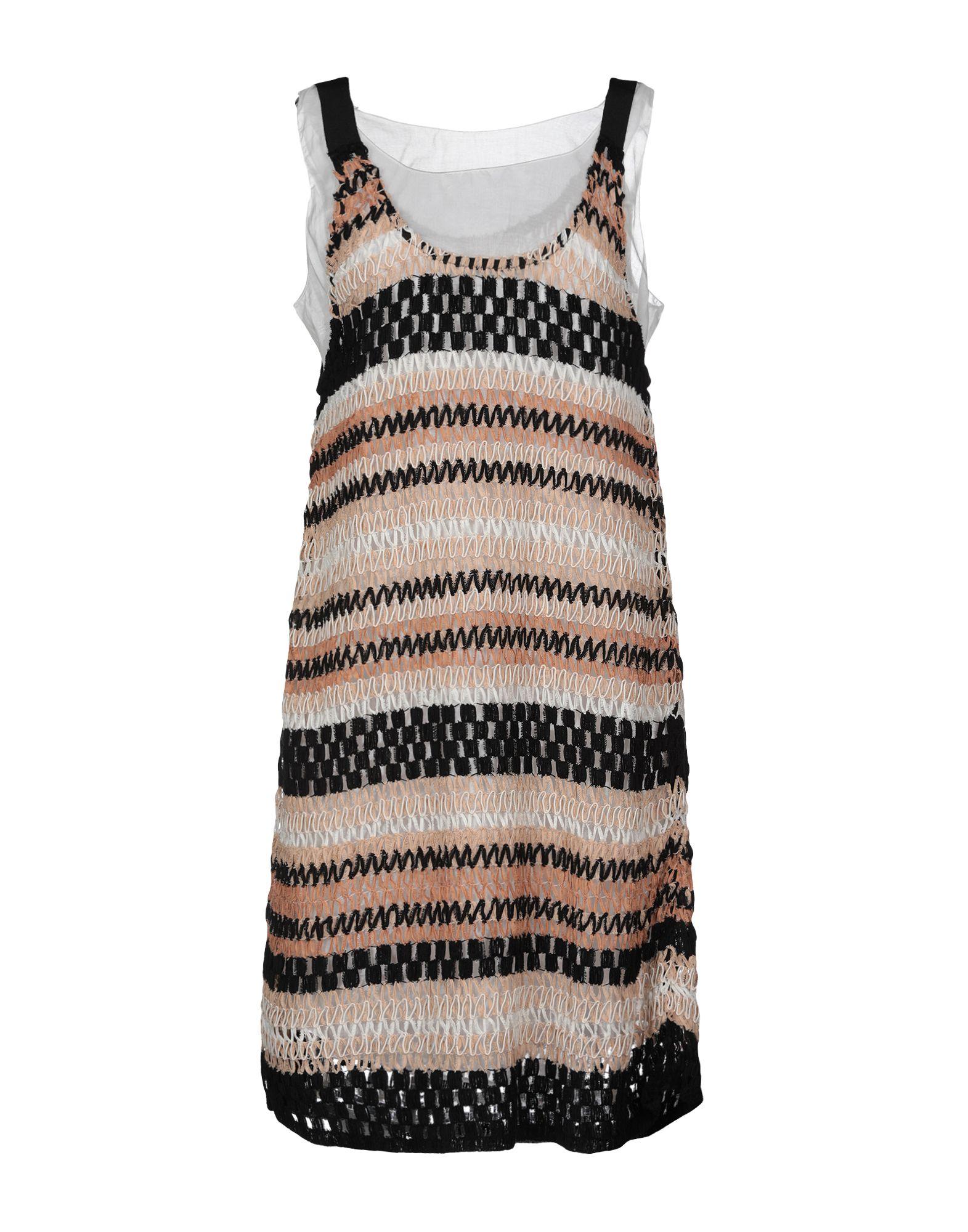 Фото - MYF Платье до колена myf короткое платье