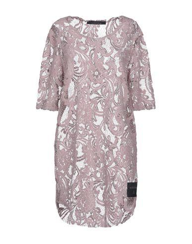 Фото - Женское короткое платье BAD SPIRIT пастельно-розового цвета