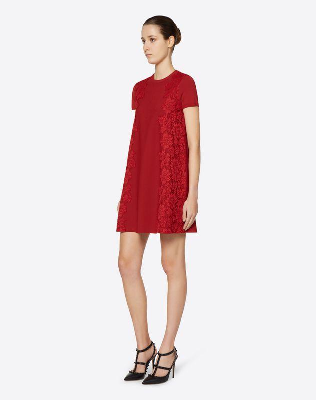 Kleid aus Viskosestretch und Heavy Lace