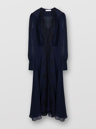 レーストリム付きドレス