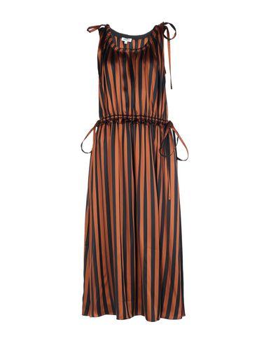 Фото - Платье длиной 3/4 коричневого цвета