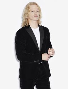 ARMANI EXCHANGE VELVET TWO-BUTTON BLAZER Blazer [*** pickupInStoreShippingNotGuaranteed_info ***] f