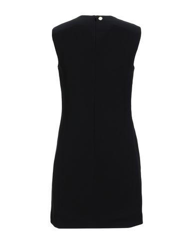Фото 2 - Женское короткое платье  черного цвета