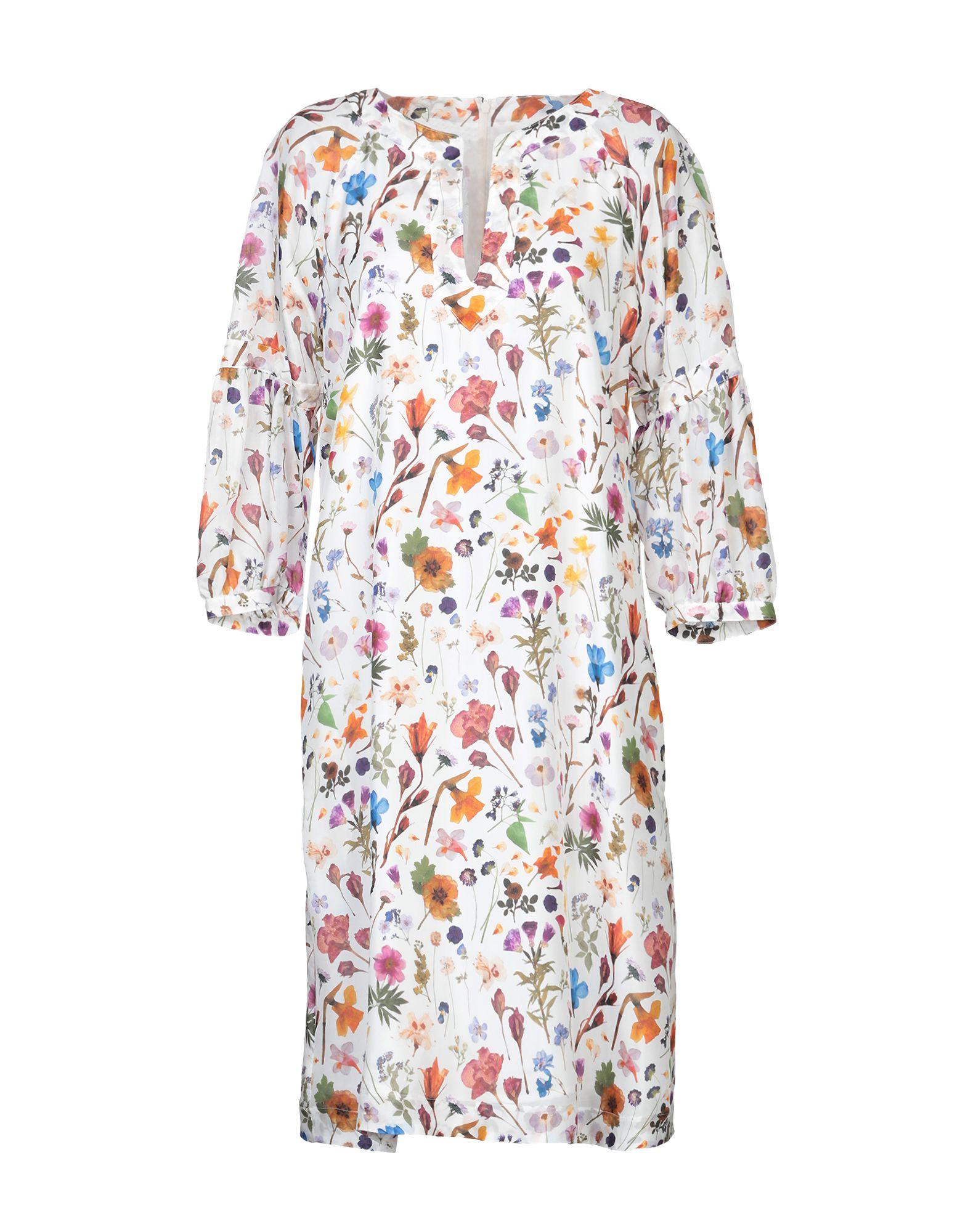 STRENESSE Платье до колена strenesse водолазки