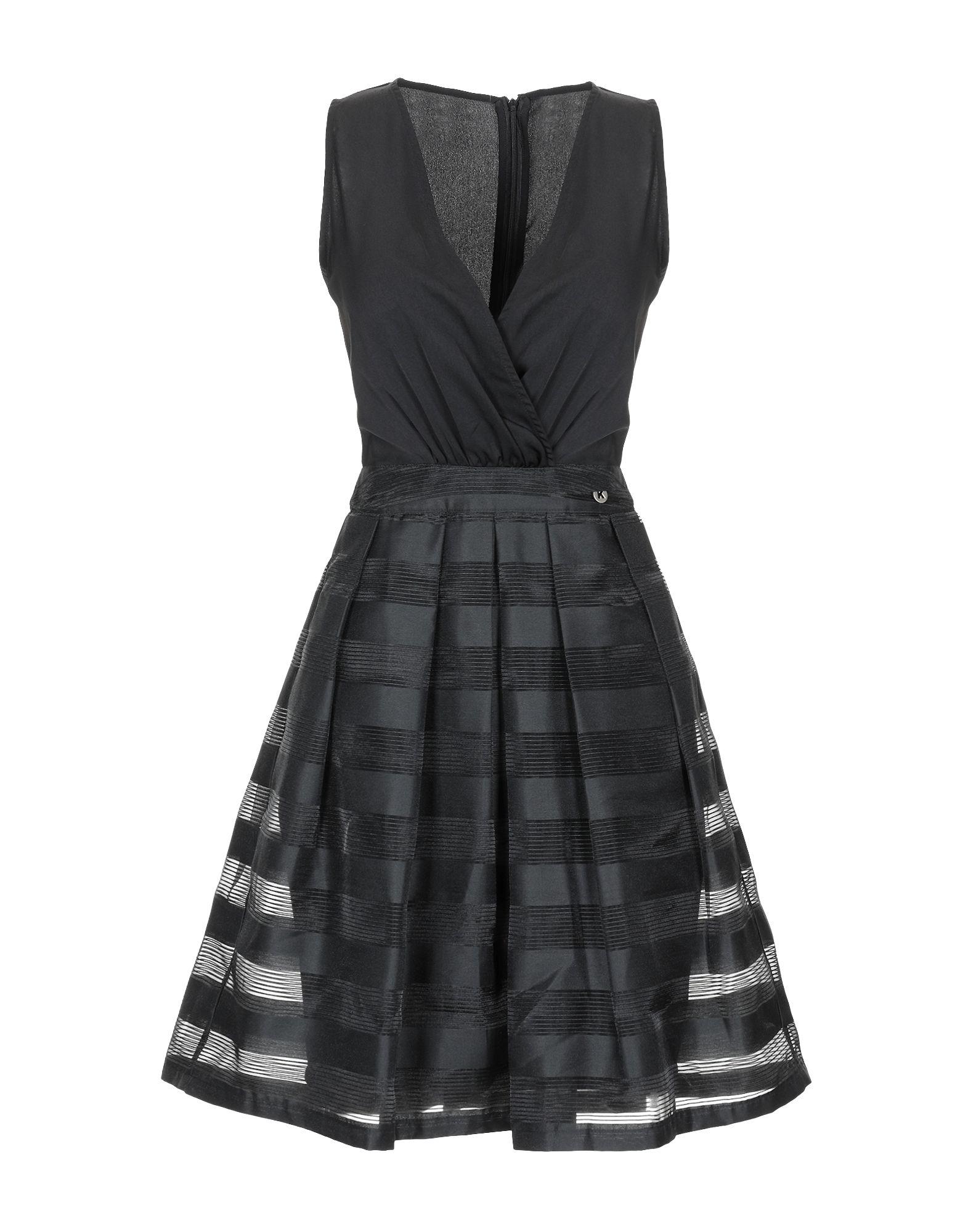 Фото - KORALLINE Короткое платье koralline короткое платье