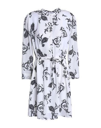 Фото - Женское короткое платье A.L.C. белого цвета