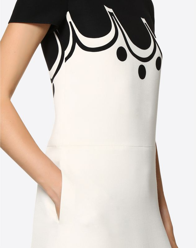 Kleid aus Crêpe Couture Graphic Shade