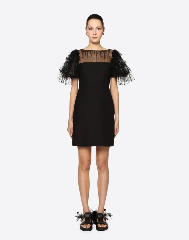 Платье из ткани Crêpe Couture и тюля с вышивкой