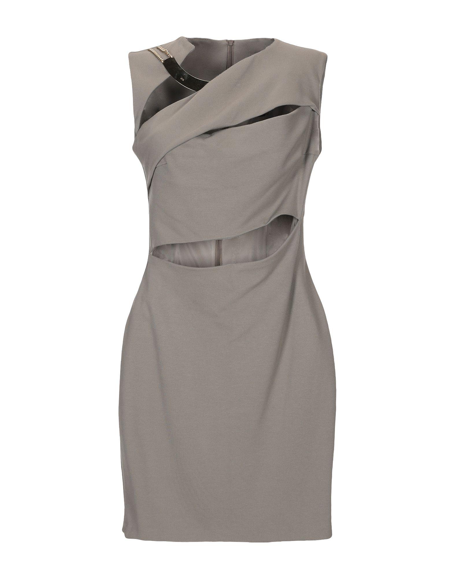 c43fc379f5595 SHI 4 Короткое платье