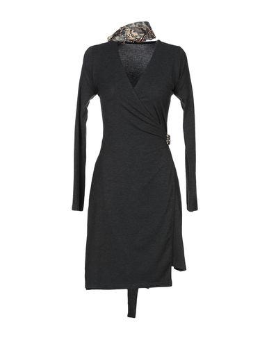 Фото - Женское короткое платье 2B цвет стальной серый