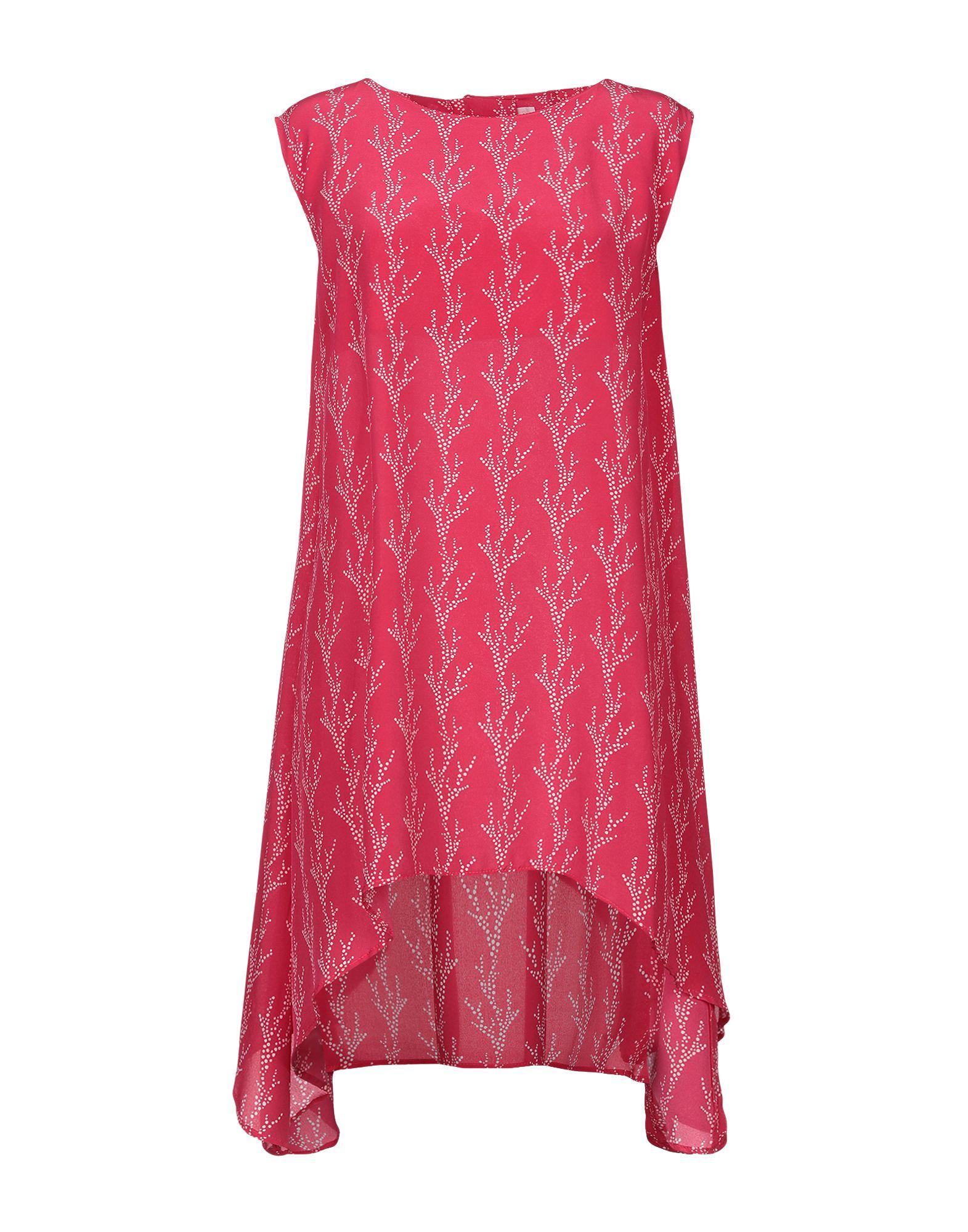 цена ANNIE P. Короткое платье онлайн в 2017 году