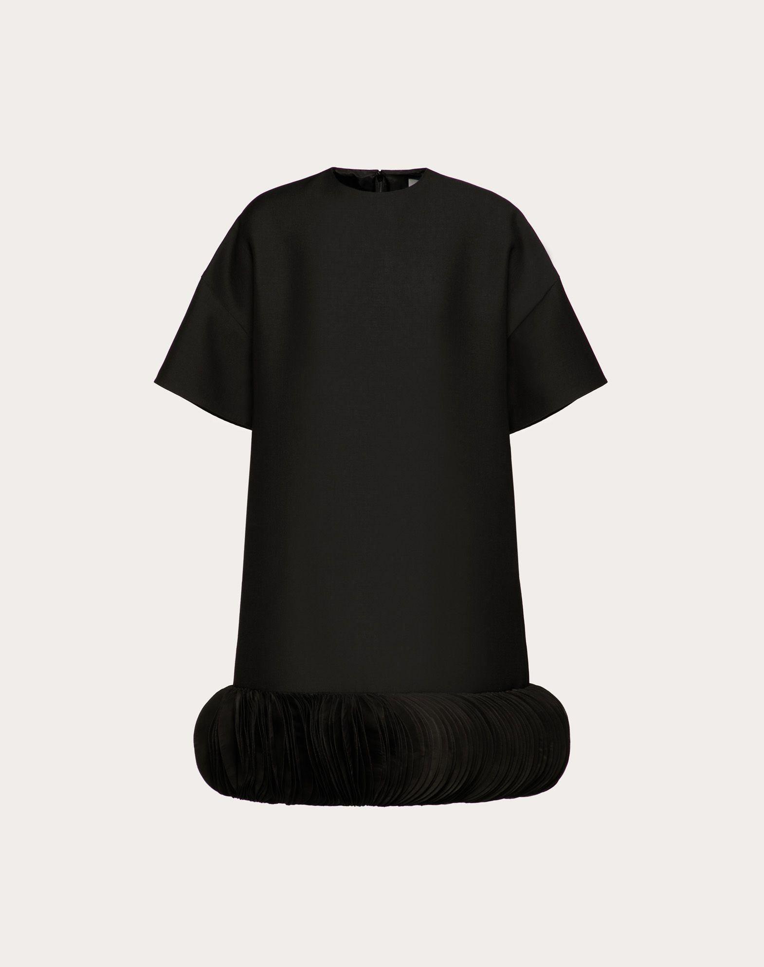 Платье из ткани Crêpe Couture с вышивкой