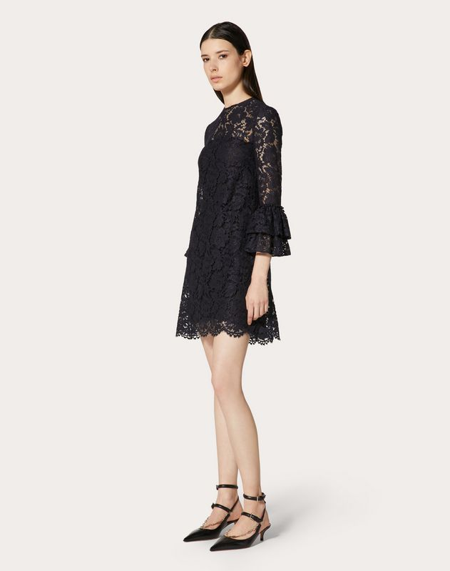 HEAVY LACE DRESS WITH RUFFLES