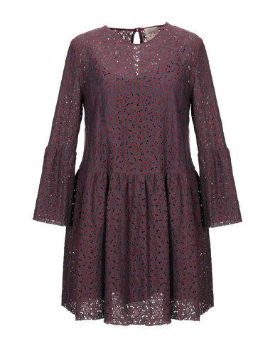 Фото - Женское короткое платье SE-TA Rosy Iacovone красно-коричневого цвета