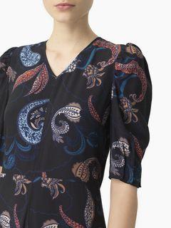 퍼프 숄더 드레스