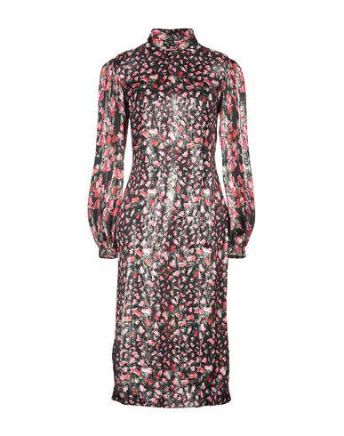 Фото - Платье длиной 3/4 от RAQUEL DINIZ черного цвета