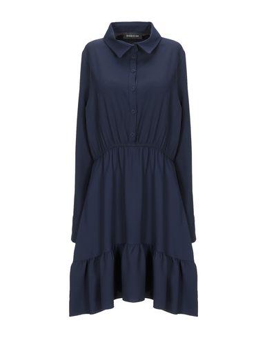 Фото - Женское короткое платье DODICI22 темно-синего цвета