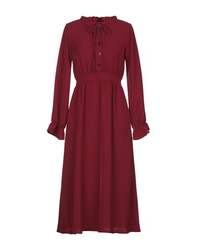 Фото - Платье до колена от LOUXURY красно-коричневого цвета