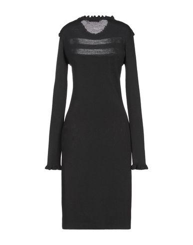 Фото 2 - Платье до колена черного цвета