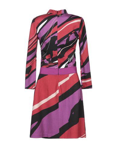 Фото 2 - Женское короткое платье  фиолетового цвета