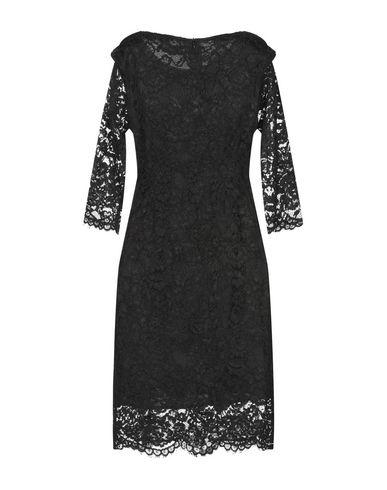 Фото 2 - Женское короткое платье MOLLY BRACKEN черного цвета