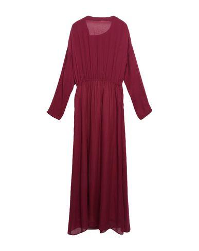 Фото 2 - Женское длинное платье POMANDÈRE цвет баклажанный