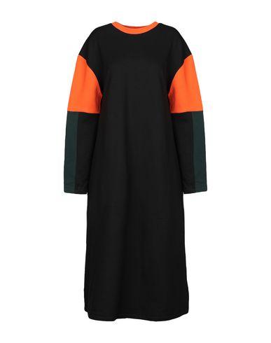 Фото - Платье длиной 3/4 от RIYKA черного цвета