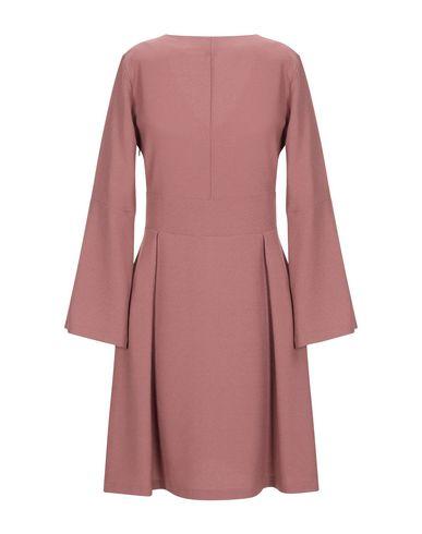 Фото 2 - Женское короткое платье  пастельно-розового цвета