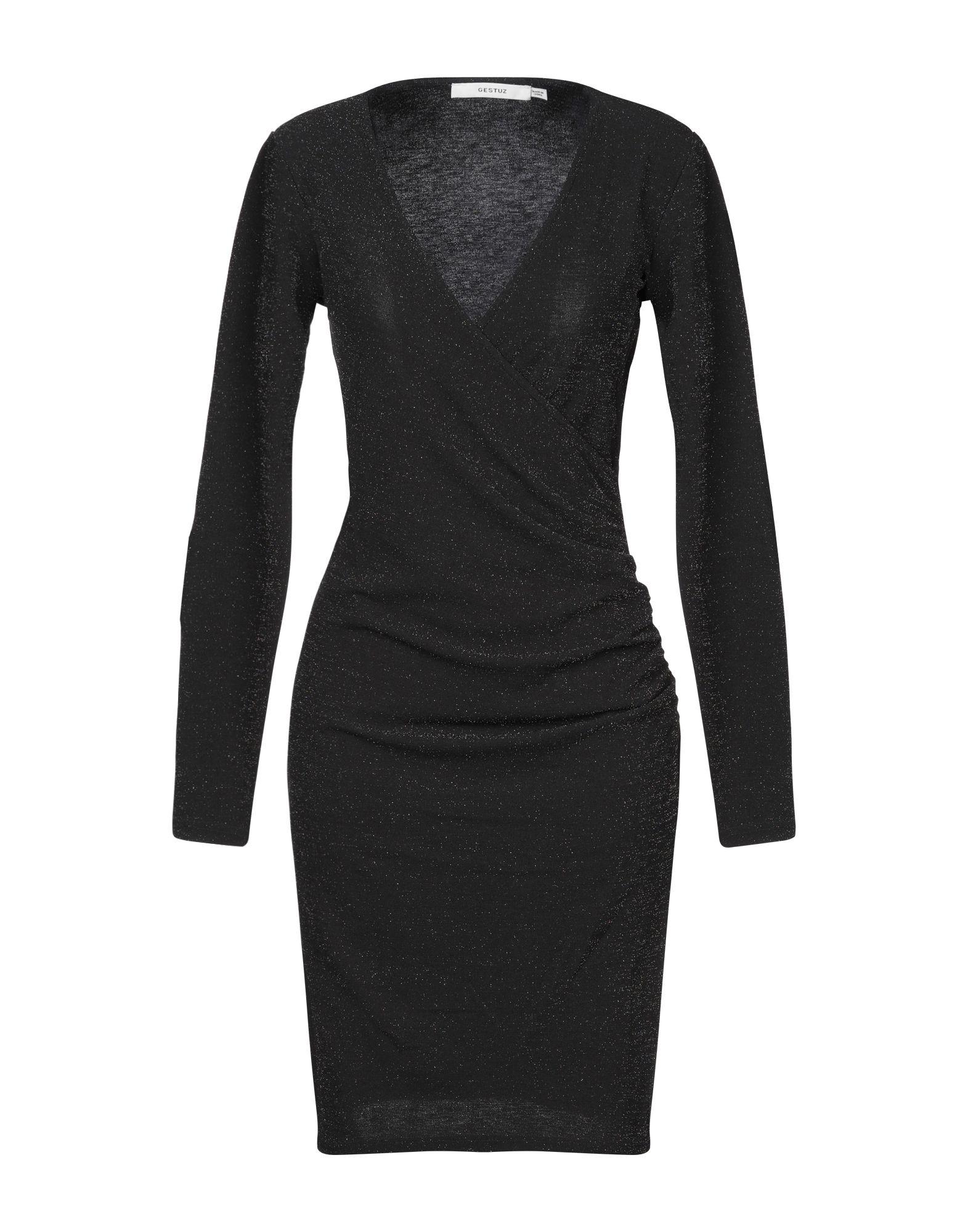 купить GESTUZ Короткое платье по цене 4740 рублей