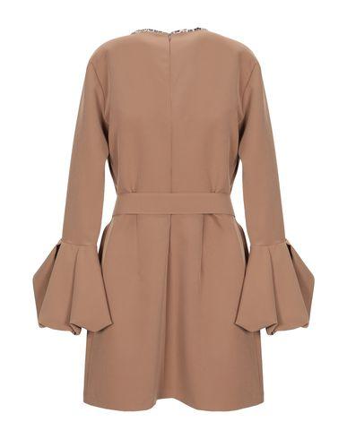 Фото 2 - Женское короткое платье  цвет верблюжий