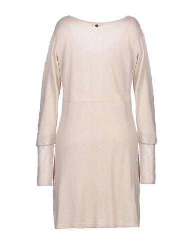 Фото 2 - Женское короткое платье LUCKYLU  Milano бежевого цвета