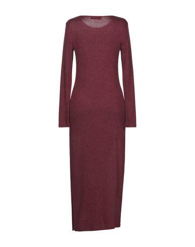Фото 2 - Женское длинное платье DODICI22 красно-коричневого цвета