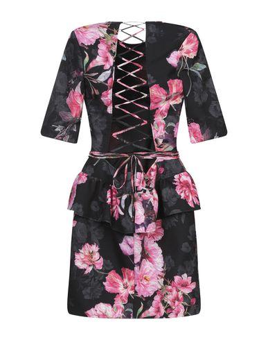 Фото 2 - Женское короткое платье NEVA черного цвета