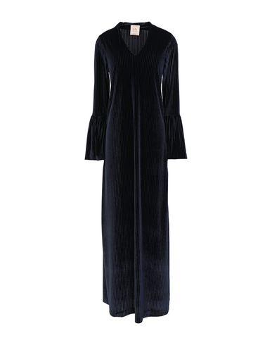 Фото - Женское длинное платье SE-TA Rosy Iacovone темно-синего цвета