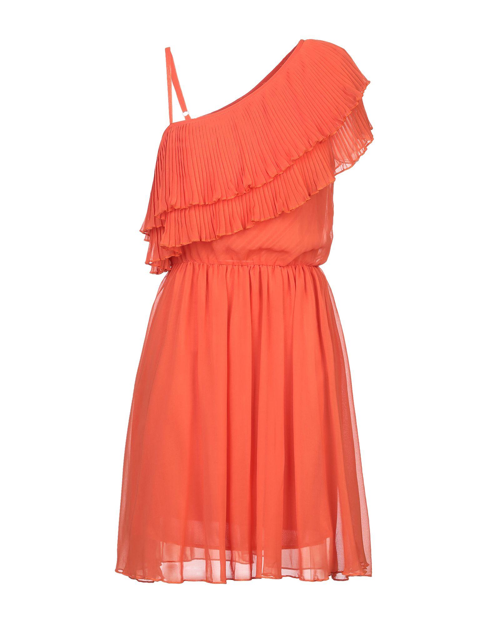 Короткое платье  - Оранжевый цвет