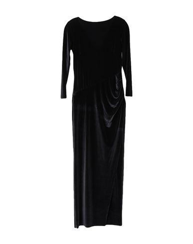 Фото 2 - Женское длинное платье WONDERFULL черного цвета