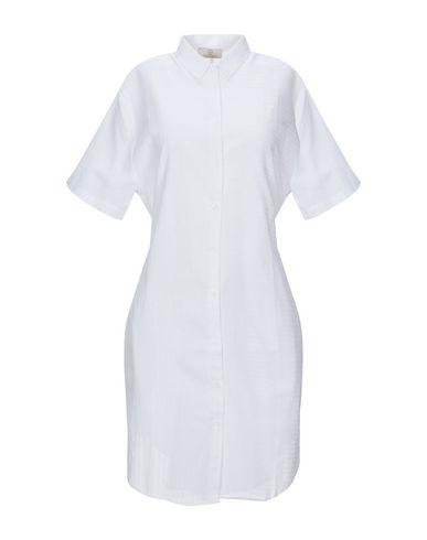 Короткое платье Cubic