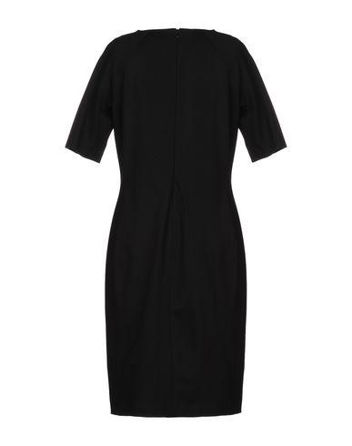 Фото 2 - Платье до колена от CLIPS MORE черного цвета