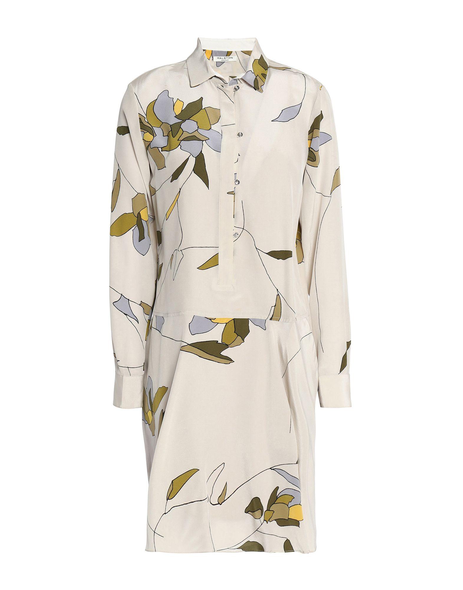 Короткое платье  - Бежевый цвет