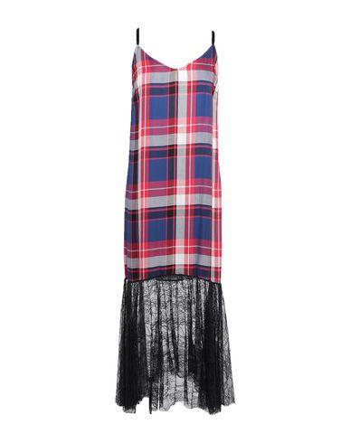 Фото - Женское длинное платье SHIKI красного цвета
