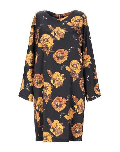 Фото - Женское короткое платье MARIUCCIA черного цвета