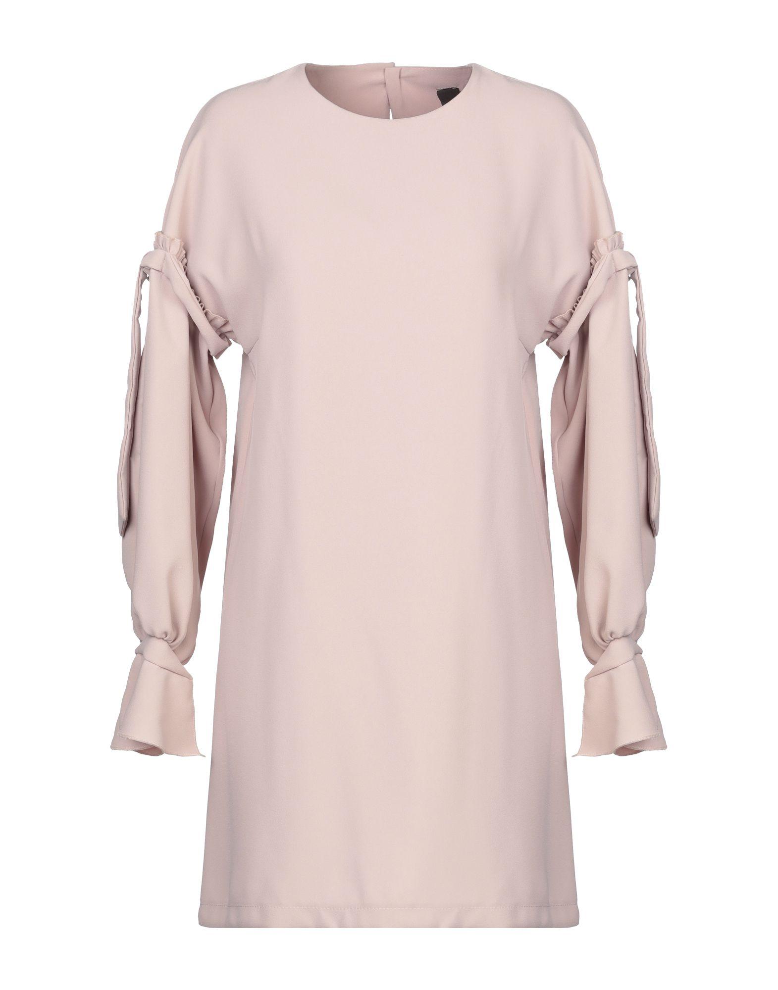 Фото - REVISE Короткое платье revise футболка