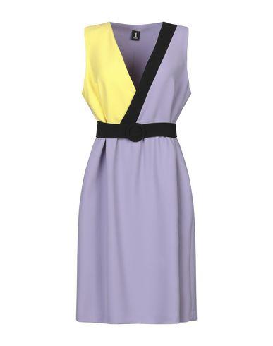 Купить Женское короткое платье  сиреневого цвета