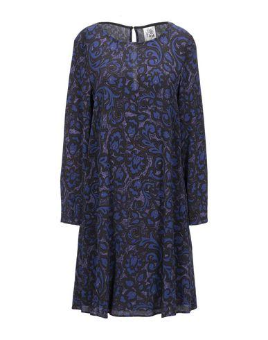 Фото - Женское короткое платье  темно-фиолетового цвета
