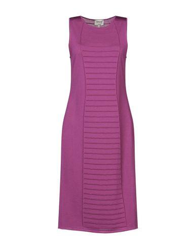 Фото - Платье до колена цвет пурпурный